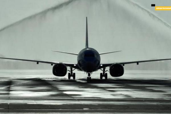zakaz-lotów-samolotów-B-737-MAX-nad-polską-opóźnienia-odwołania-zmarnowany-urlop-pl-biura-podrózy-reklamacje-